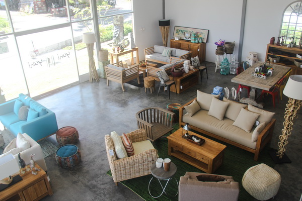 yuni_bali_furniture_showroom_bali_furniture_shop_02