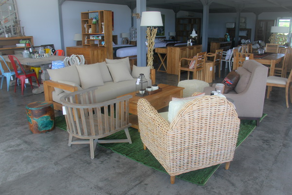 yuni_bali_furniture_showroom_bali_furniture_shop_04